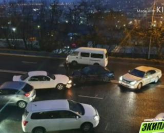 Фото: скриншот dps_vl | Самые мокрые ДТП прошедшей ночи: Владивосток пережил очередной ливень