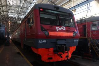 Фото: Екатерина Дымова / PRIMPRESS | В Приморье строго следят за санитарной обработкой железнодорожного транспорта