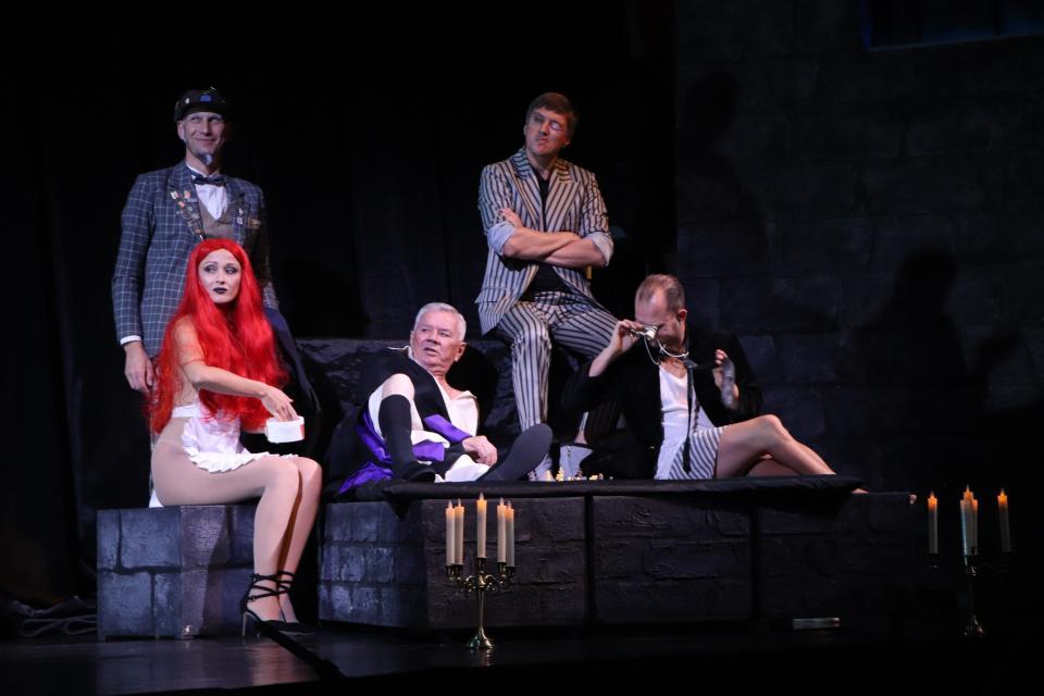 Театр им. М. Горького объявил о переносе спектаклей «Мастер и Маргарита» (30, 31 октября и 1 ноября)