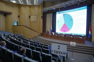 Фото: primorsky.ru | Бюджет дорожного хозяйства Приморья на 2021 год обсудили с привлечением общественности