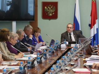 Фото: zspk.gov.ru   Приморские парламентарии обсудили ход реализации государственной программы «Безопасный край» на 2015-2021 годы