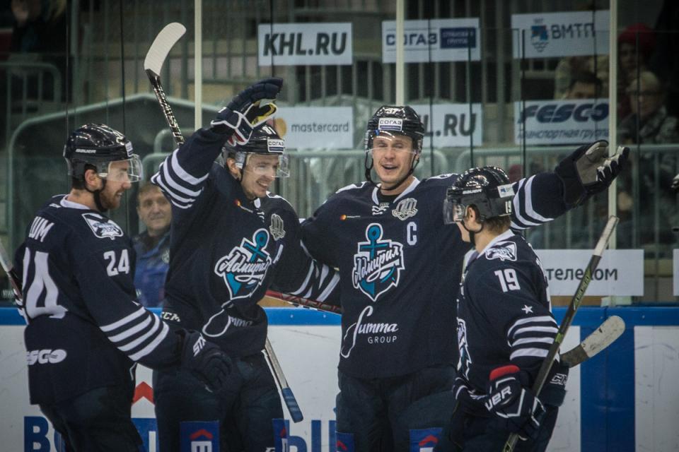 ХК «Адмирал» сразится с чемпионом КХЛ этого сезона