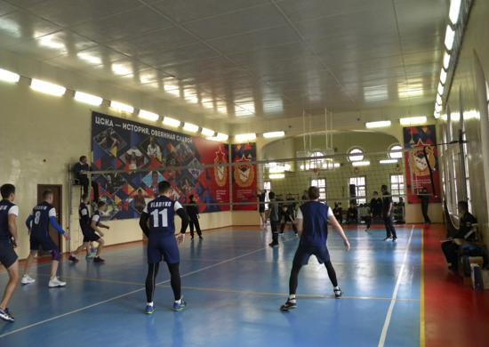 Моряки ТОФ и Южной Кореи сыграли в волейбол во Владивостоке
