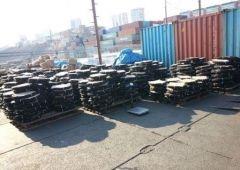 Фото: dvtu.customs.ru   На Владивостокской таможне арестовали более 180 тонн запчастей для мотоциклов
