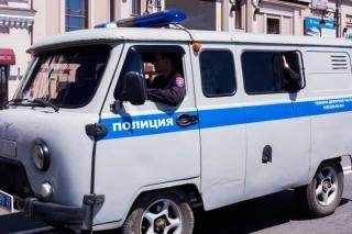 Рецидивист застрелил знакомого и угнал машину у таксиста в Приморье