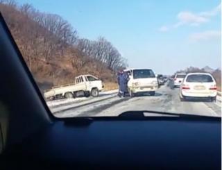 Массовое ДТП произошло на трассе в Приморье