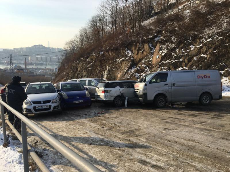 Стали известны подробности массового ДТП во Владивостоке