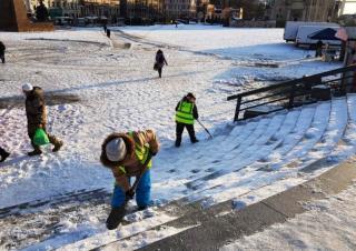 Фото: vlc.ru   Специалисты назвали зарплату дорожного рабочего во Владивостоке