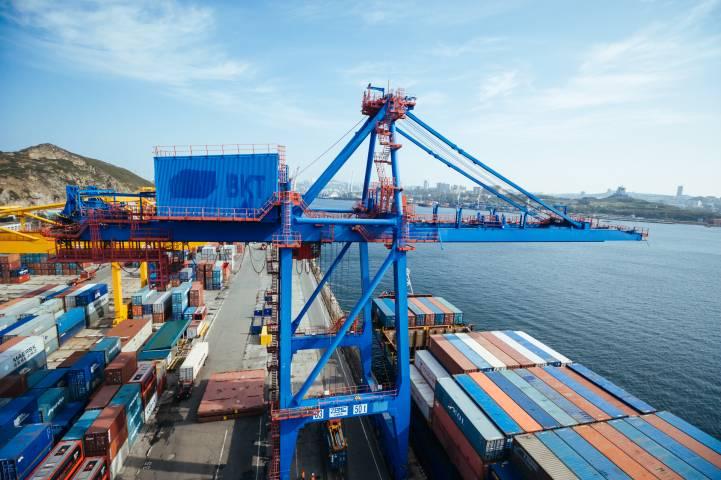 ВСвободном порту Владивосток упрощены таможенные процедуры