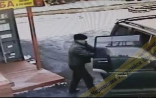 Мужчину на джипе застали за «позорным» поступком в Приморье