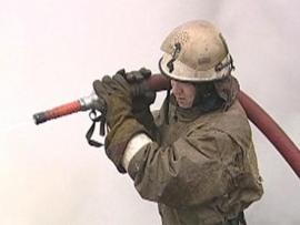 В Приморье загорелся сейнер-траулер