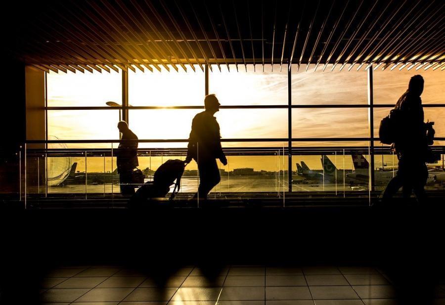 ФСБ подсчитала, сколько россиян выезжало за границу