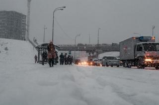 Ответственных за ликвидацию последствий снегопада во Владивостоке ждет проверка