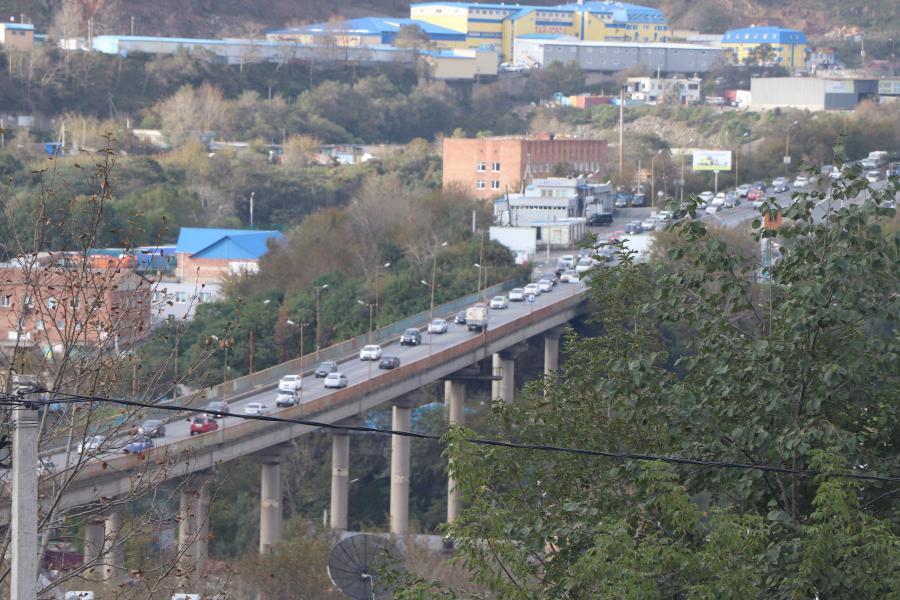 5 самых популярных мостов Владивостока