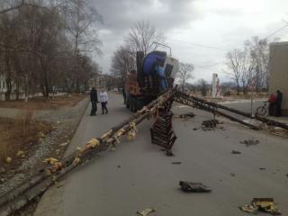 Девять жилых домов в Приморье остались без тепла из-за КамАЗа
