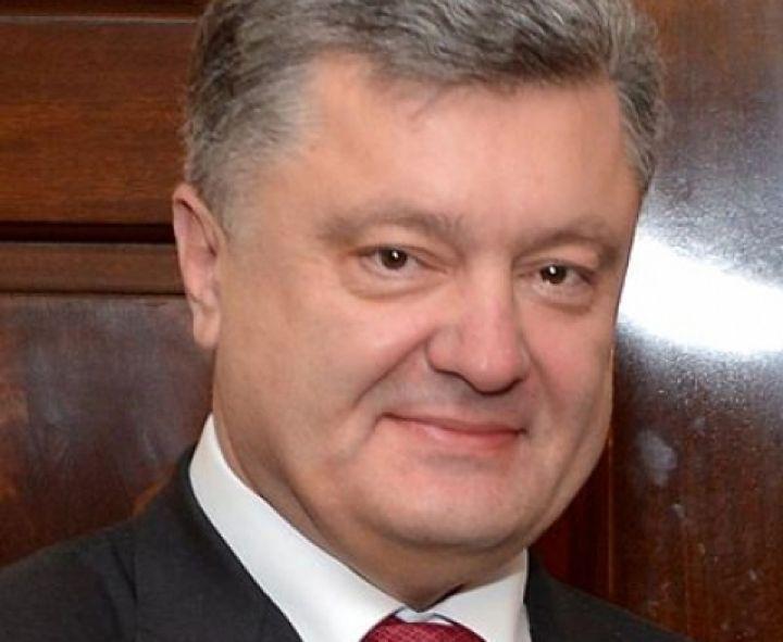 Порошенко похоронит вголовах Советский Союз