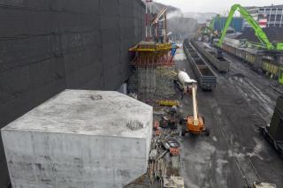 «Терминал Астафьева» приступил к сборке металлоконструкций навеса