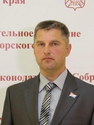 Фото: zspk.gov.ru   Александр Петухов: «Конституция – вектор развития России»