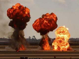 «Это очень страшно было»: приморцы сообщают о мощной взрывной волне