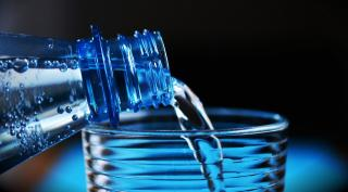 Фото: Pixabay.com | Диетолог рассказала, кому лучше не пить минеральную воду