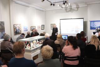Фото: Екатерина Дымова / PRIMPRESS | Художественная изоляция: во Владивостоке обсудили проблемы изобразительного искусства
