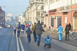 Фото:  | Покемон, Человек-паук и женщина-петух вышли на улицы Владивостока утром 1 января