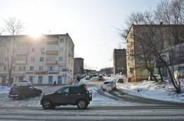 Фото:  | Грязь и лужи: весна пришла на дороги Владивостока