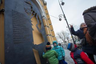 Фото: Татьяна Меель | Штирлиц вышел из тени во Владивостоке