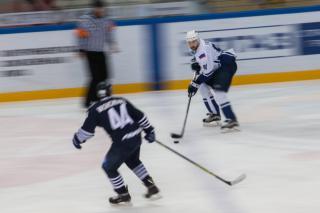 Фото: Татьяна Меель | Кубок «Адмирала» и товарищеские матчи: во Владивостоке прошел фестиваль хоккея
