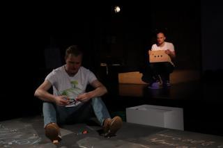 Фото: Екатерина Дымова / PRIMPRESS | «Вселенная бесконечна»: в театре молодежи готовят очередную премьеру «для взрослых»