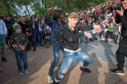 Фото:  | Во Владивостоке сразились уличные танцоры