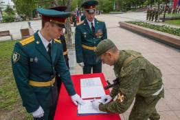 Фото: Татьяна Меель | Военнослужащие Росгвардии принесли присягу во Владивостоке