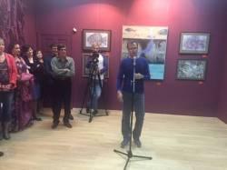 Фото:  | Во Владивостоке открылась арт-выставка про рыб