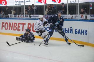 Фото: Татьяна Меель | «Адмирал» обыграл  «Трактор» в овертайме